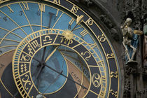 Astronomical Clock on tower of Old Town Hall, Prague, Czech Republic von Danita Delimont