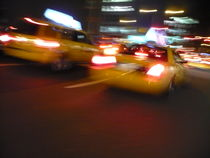"New York City , USA  ""Taxi's speeding down Broadway "" von ushkaphotography"