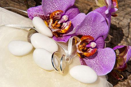Wedding-favor-and-wedding-ring-09