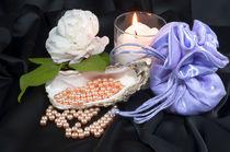 Pearls by Carla Zagni