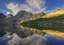 Temple Peak Reflection von Stephen Weaver