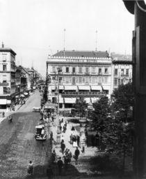 Unter den Linden,Cafe und Hotel Viktoria von AKG  Images