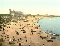 Tynemouth, Strand / Photochrom von AKG  Images