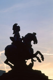 Ludwig XIV. Reiterstandbild nach Bernini by AKG  Images