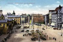 Muenchen, Bahnhofsplatz / Postkarte by AKG  Images