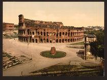 Rom, Kolosseum und Meta sudante/ Foto von AKG  Images