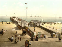 Yarmouth, Britannia Pier / Photochrom by AKG  Images