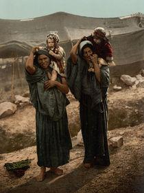Palaestina, Beduinenfrauen / Photochrom by AKG  Images