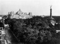 Berlin,Tiergarten mit Siegessaeule/Levy by AKG  Images