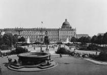 Berlin, Stadtschloss und Lustgarten 1898 by AKG  Images