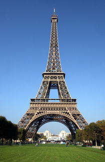Eiffel-tower-paris-8