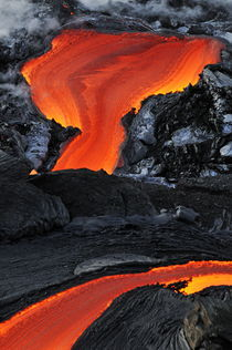 Molten-lava-kilauea-rm-haw-d319330