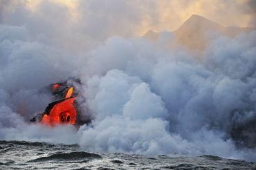 Kilauea-volcano-molten-lava-ocean-rm-haw-d319432