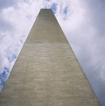 Low angle view of a monument, Washington Monument, Washington DC, USA von Panoramic Images