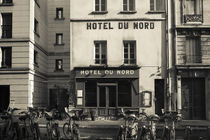 Facade of a hotel von Panoramic Images