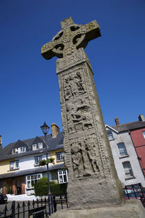 10th Century High Cross, Market Square, Clones, County Monaghan, Ireland von Panoramic Images