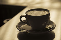 Close-up of a cup of cappuccino, Lugano, Lake Lugano, Ticino, Switzerland von Panoramic Images