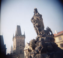 Low angle view of a statue, Charles Bridge, Prague, Czech Republic von Panoramic Images
