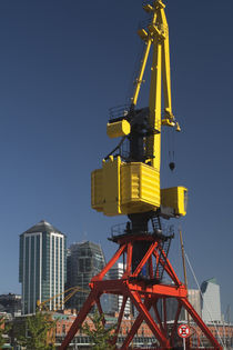 Low angle view of a cargo crane, Puerto Madero, Buenos Aires, Argentina von Panoramic Images