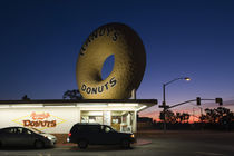 Donut's shop at dawn von Panoramic Images