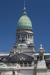 Low angle view of a parliament building von Panoramic Images