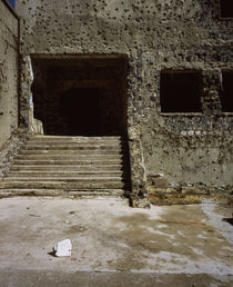 Wall and the doorway of a building with bullet holes, Syria von Panoramic Images