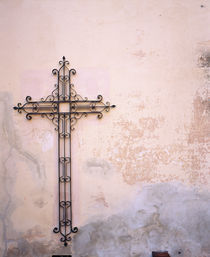 Cross mounted on a wall, Cordoba, Argentina von Panoramic Images