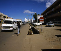 Traffic on the road, Lilongwe, Malawi von Panoramic Images