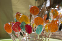 Close-up of lollipops von Panoramic Images