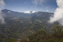 Mountain range viewed from La Fenetre, Cirque de Cilaos, Reunion Island von Panoramic Images