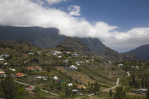 Town in a mountain range, Mare Seche, Cirque de Cilaos, Reunion Island von Panoramic Images