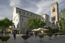 Tourists at a town square, Ravello, Salerno, Campania, Italy von Panoramic Images