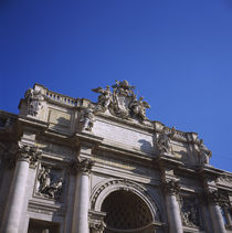 Low angle view of a building, Trevi Fountain, Rome, Italy von Panoramic Images