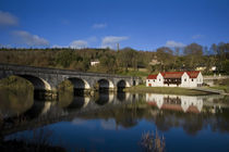 Avonmore Bridge over the Blackwater River and Cappoquin Rowing Club Boathouse von Panoramic Images
