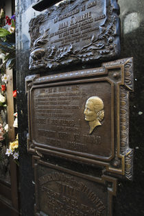 Tombstone of Eva Duarte Peron in a cemetery von Panoramic Images