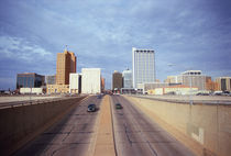 Cars on a highway, Midland, Midland County, Texas, USA von Panoramic Images