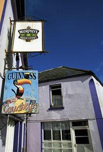 Pub Signs, Eyeries Village, Beara Peninsula, County Cork, Ireland von Panoramic Images