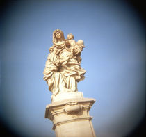 Statue of St. Anne with Virgin Mary and baby Jesus von Panoramic Images