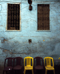 Chairs in front of a wall, Egypt von Panoramic Images