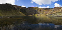 Lough Coumshingaun, Comeragh Mountains, County Waterford, Ireland von Panoramic Images