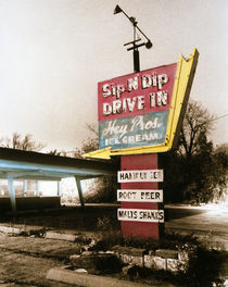 Vintage Drive In Sign von Panoramic Images