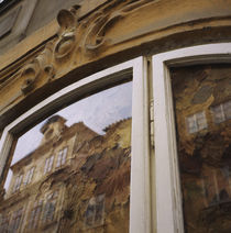 Reflection of a building in a window, Prague, Czech Republic von Panoramic Images