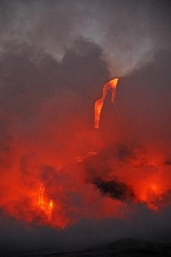 Kilauea-volcano-molten-lava-ocean-rm-haw-d319517