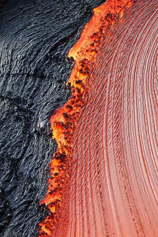 Kilauea-volcano-molten-lava-rm-haw-d319327
