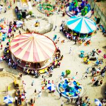 Coney Island Carnivale von Mina Teslaru