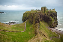 Dunnottar Castle, Scotland von Sam Strickler