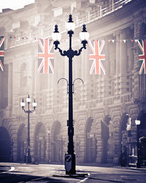 London. Regent Street. Royal Wedding Flags. von Alan Copson