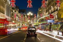 UK. London. Regent Street. Union Jack decorations for Royal Wedding. von Alan Copson