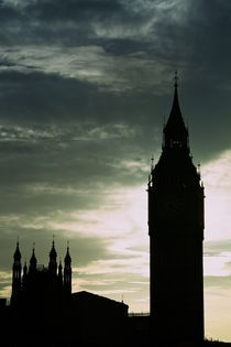 Backlighted Big Ben by Zhdan Parfenov