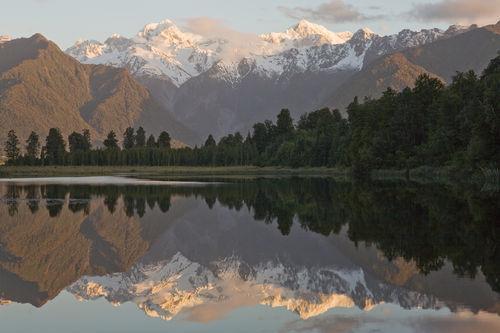 Lake-matheson-1